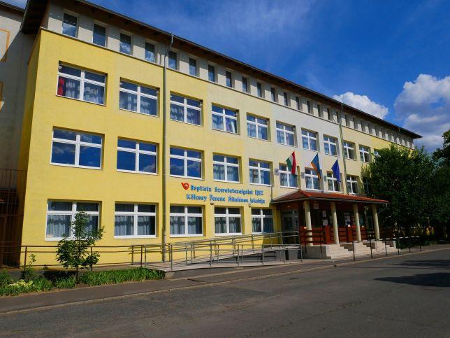 Kölcsey Ferenc Primary School, Törökszentmiklós 2